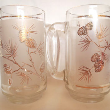 Vintage Libbey Beer Glasses , Mid Century Glasses with Gold Pine Cones , 2 Beer Mug , Barware