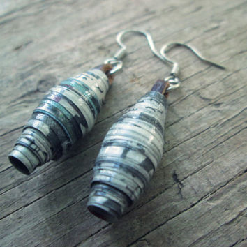 Upcycled, recycled, repurposed Paper bead earrings - Paper jewelry - Newspaper earrings - Ecofriendly earrings - Eco jewelry - Black White