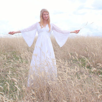 Vintage 1970s Hippie Wedding Dress in White Lace Gunne Sax Style Handmade Size Medium to Large