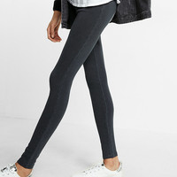 Washed Pull-On Legging