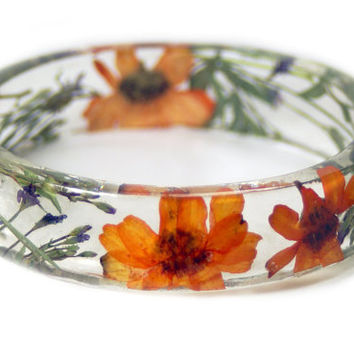 Jewelry with Real Flowers- Dried Flowers- OrangeBracelet- Dried Flowers- Orange Bracelet -Resin Jewelry