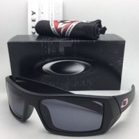New OAKLEY Sunglasses GASCAN 11-192 60-15 Matte Black with USA Logos+Grey Lenses