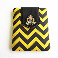 Macbook 13 inch Case, Macbook case, Flap Macbook 13 Air/Pro Case- Padded case-Yellow and black chevron.