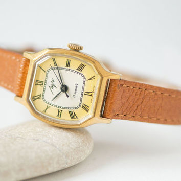 Polygon women's watch Ray, gold plated lady wristwatch, woman watch yellow ornament, girl watch quality mark USSR, new genuine leather strap
