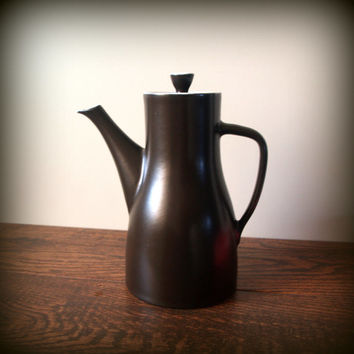 MID CENTURY MODERN Teapot Large & Sleek Dark Black Brown Vintage Coffee or Tea Pot Stoneware Carafe made in Japan Modernist, Modernism, Mod