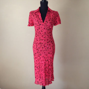 Vintage Diane von Furstenberg-DVF-Silk Midi Dress-Pink Red with Roses-Summer Dress-Form Fitting-Vintage DVF-Size 8-Designer-Women's Clothing