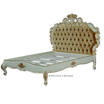 Fabulous & Baroque ? Night's Dream Tufted Bed