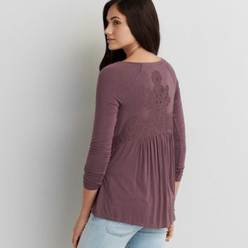 AEO SOFT & SEXY LACE BACK T-SHIRT