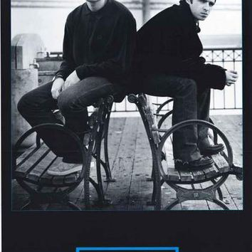 Oasis Liam and Noel Gallagher 1996 Band Poster 22x34