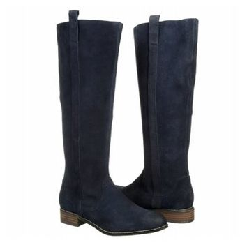 Volatile Whistler Boot | Women's - Navy Suede