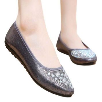 Suqare Fake Diamond Low-cut Old Beijing Cloth Shoes  grey