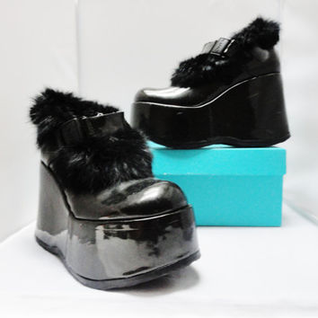 Vintage Shoes 90s ONYX Chunky Wedge Platform Black Patent Leather & Fur Made in Italy GOTH GRUNGE