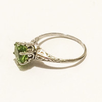 Art Deco Style Sterling Silver Ring, Peridot, Round Cut, Vintage, Engagement Ring, Gemstone, Size 5.5