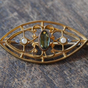 Victorian Gold Filled Brooch Oval Filigree Faux Peridot Glass Faux Pearls Dainty Tiny Late 1890's // Vintage Costume Jewelry