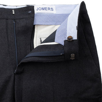 Withers - Dark Gray Houndstooth Wool