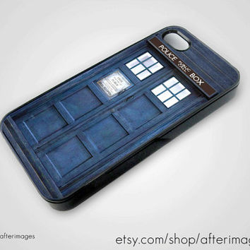 Tardis iPhone 5 4 4S Case iPhone 4 New Doctor Who by afterimages