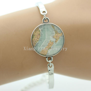 New Zealand map bangle, New Zealand map glass Cabochon dome bracelet, New Zealand jewelry Vintage Style Three Colors HOT 056