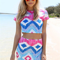 Geometric Pattern Print Short-Sleeve Crop Tank Top With Paired Skirt