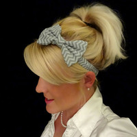 Gray chevron/zig zag bow stretch headband pinup/feminine