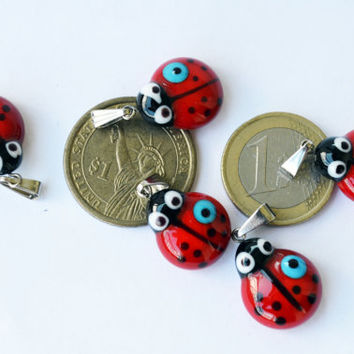 6 PCS Mini Ladybug Glass Pendants Lampwork Ladybird Necklace Bracelet  Evil Eye , Red Glass Murano Glass Lamp Work Lady Bug Pendant Jewelry