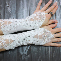 White strechy wedding lace pearl glove, Sexy Bride Wedding Party Crystal beaded gloves, Elbow bride bridal gloves, 2015 Bride trend