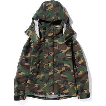 WOODLAND CAMO GORE TEX SHORT SNOWBOARD JACKET