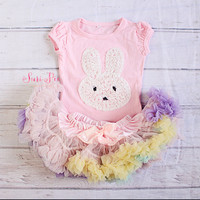 Baby Girl Easter Outfit..Bunny Top Skirt Set..Newborn Clothing..Baby's Birthday Outfit..Photo Prop..Smash the Cake..Petti Skirt Top Set