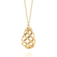 Tiffany & Co. - Paloma's Venezia Luce pendant in 18k gold, medium.