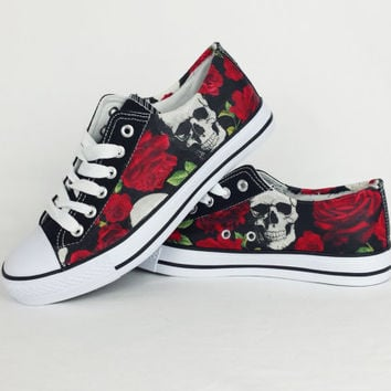 Skull shoes. skull and roses pumps 1f3a811e2a5a