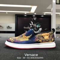 Versace Fashion Casual Gold  Big Logo Low Help Flat Running Sports Shoes Sneakers
