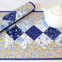 Blue White Quilted Placemats, Summer Table Mats, Blue Yellow Place Mats, Floral Placemats, Summer Breeze, Set of 2 Placemats