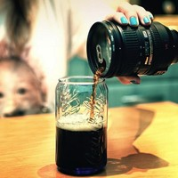 Lens Flask and Mug | The Gadget Flow