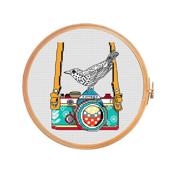 Bird on camera - cross stitch pattern - modern cross stitch vintage camera lens photo strap