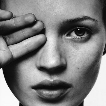 "Kate Moss Hand over Eye Super Model Sexy Poster, Art B&W Print, High Quality Artwork, Home Deco, Art Print, Fashion Art Size 13x20"" 24x36"""