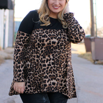 Luck Be A Lady Leopard Accented Tunic With Crochet Detail ~ Black ~ Sizes 12-18