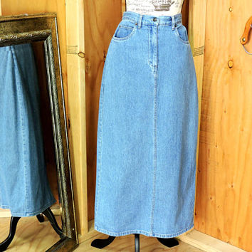 Denim maxi skirt / M size 8 / 9 / Bill Blass / 90s high waisted long jean skirt / boho western long denim skirt