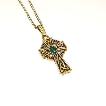 Vintage Triquetra Trinity Knot Emerald Rhinestone Celtic Cross Pendant Necklace