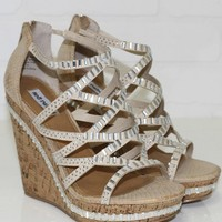 SZ 9 Cream Of The Crop Cream Wedge Heels