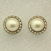 Antique Style Pearl in Swarovski Crystal Ring Magnetic Earrings 25 x 15 mm