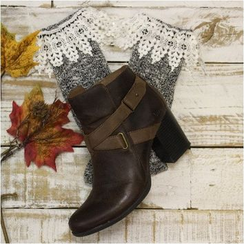 CHIC short lace boot socks - charcoal ivory