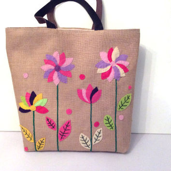 Fun bold flowers on jute, colorful tote bag, unconventional bag, appliqué, embroidered,beach tote bag, handmade tote bag, Casual Tote Bag