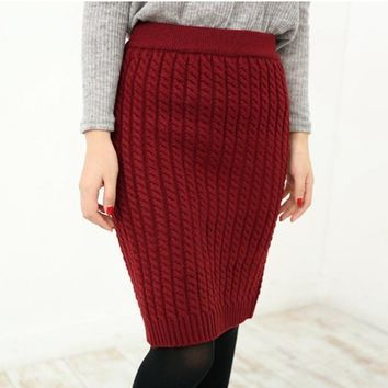 New autumn and winter 2016 women skirts retro twist thick knitted wool knee skirt bust skirt package hip was thin female