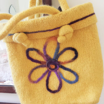 Vintage 1960s Felted Wool Bag / 60s Yellow HandBag / Vintage Tote Bag / Vintage Hand Bag / Felted Wool Tote Bag / Vintage Yelllow Purse