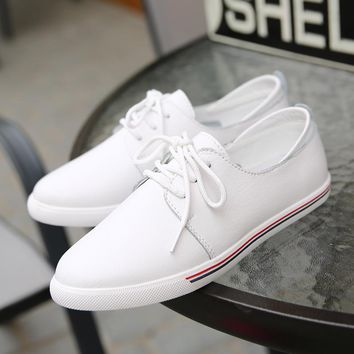 Brand Women Flats oxfords Shoes Casual Lace Up Leather Women Shoes 2017 Fashion Female White Shoes Ladies Flat Shoes
