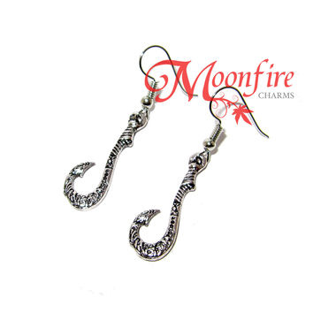 MOANA Matau Symbol Fish Hook Earrings