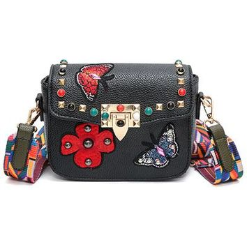 Women Messenger Bags New Luxury Brand Embroidery PU Leather Shoulder Bag Vintage Handbags Saddle Crossbody Bags With Ribbon
