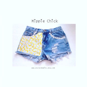 Hippie Chick Shorts. Made in the USA. Yellow Daisy fabric with daisies around pockets. Hipster Hippie Peace Nature shorts. Women, teen
