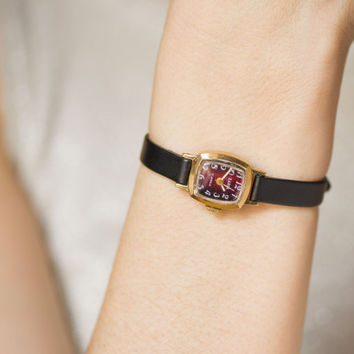 Vintage women's watch Dawn – gold plated lady's watch - burgundy watch square - classical woman's watch – gift timepiece - new leather strap