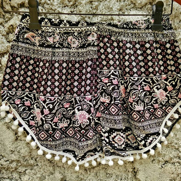 Shorts with pom pom floral Ethnic Ikat hippies print fabric Boho pattern Styles festival Clothing Bohemian Summer holiday Cloth black white