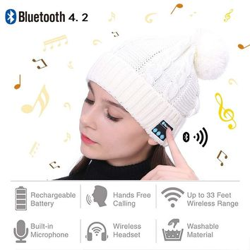 Wireless Bluetooth Beanie Hat Bluetooth 4.2 with Detachable Stereo Speakers and Microphone Winter Outdoor Sport Bluetooth Knitted Cap for Audio Listening Music